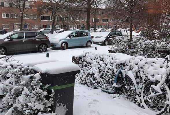 Hoe ga je bij sneeuw de weg op